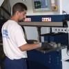 La nouvelle machine de découpe laser présentée à Bussurel