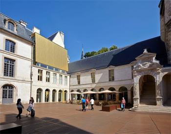 La cour de Bar rénovée au Musée des beaux-arts et d'archéologie