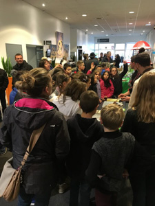 Le chocolat d'Aurélien Cardot a ravi les jeunes spectateurs !